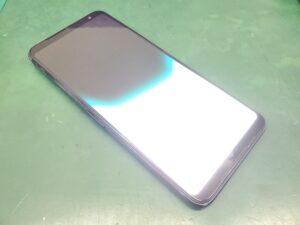 【大須店】ROG Phone 3 (ZS661KS)の画面が真っ白に?→画面交換しましょう
